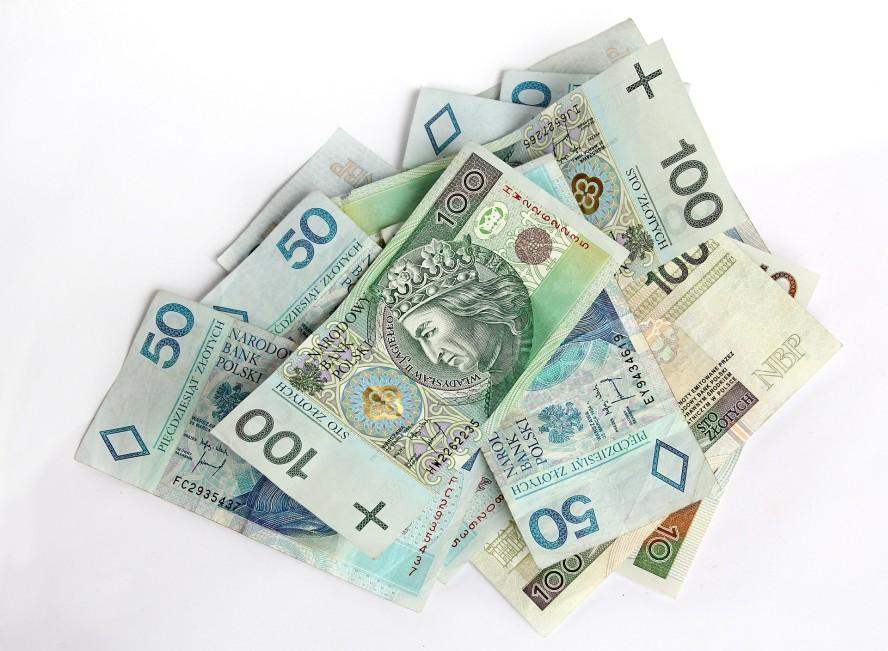 money-367973_1920-3 Pożyczki pozabankowe Kwota pożyczki koszty pożyczki