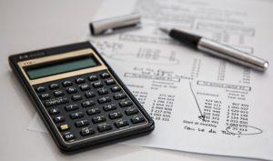 calculator-calculation-insurance-finance-53621-300x177 Pełna księgowość Biuro rachunkowe