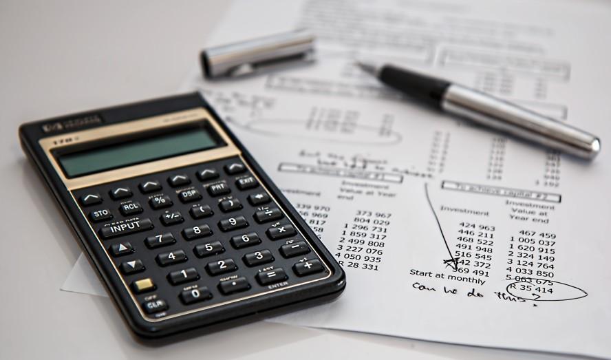 calculator-calculation-insurance-finance-53621 Pełna księgowość Biuro rachunkowe